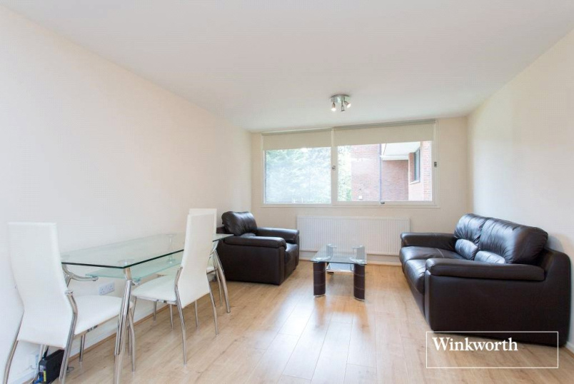 Flat/apartment to rent in Golders Green - Chandos Way, London, NW11