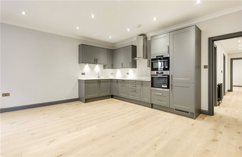 Flat/apartment for sale in South Kensington - Finborough Road, London, SW10