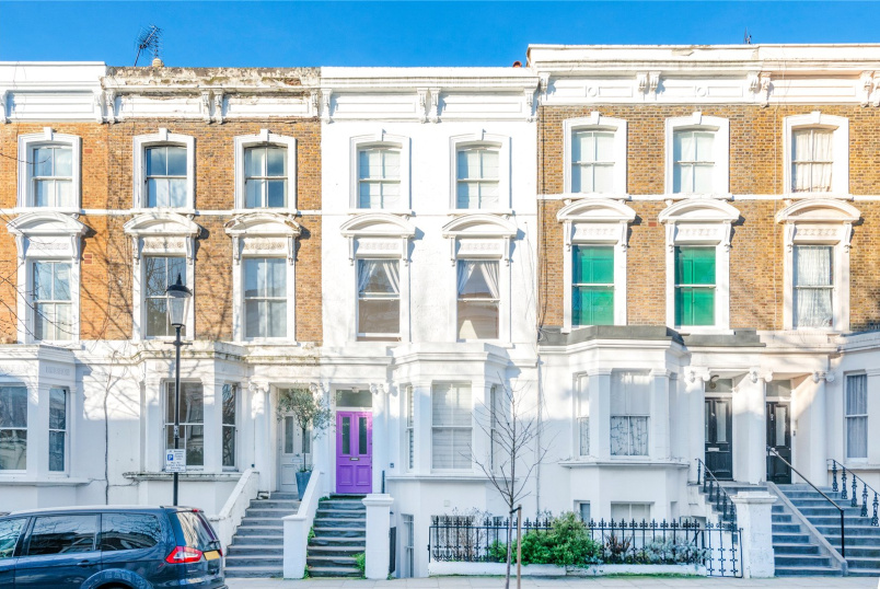 Flat/apartment to rent in North Kensington - Chesterton Road, London, W10