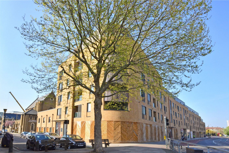 Flat/apartment for sale in Greenwich - Howarth House, 125 Pelton Road, Greenwich, SE10