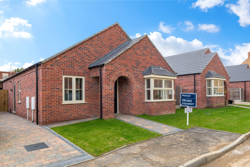 Bungalow for sale in Sleaford - Dickinson Road, Heckington, Sleaford, NG34