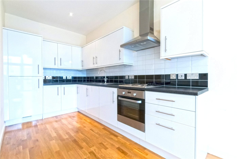 Flat/apartment to rent in Kentish Town - Axminster Road, London, N7