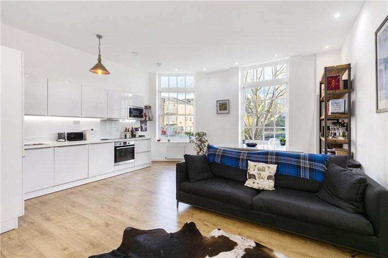 Flat/apartment for sale in Kennington - Marion Court, 68 McCall Close, Stockwell, SW4