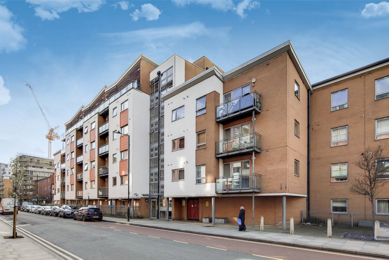 Flat/apartment for sale in Bow - Violet Road, London, E3