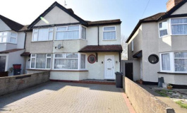 Hounslow Road, Hanworth, TW13