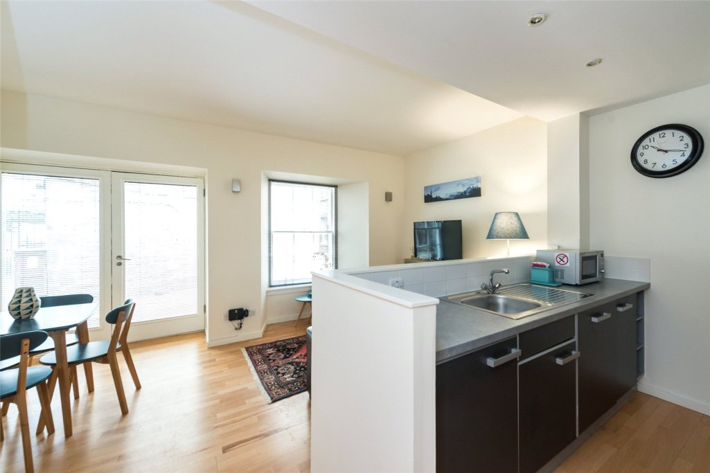 1 bedroom apartment for sale in Edmonstone's Close ...