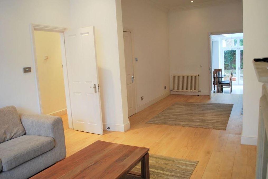 Spectacular Five Bedroom Semi-Detached Period Town House | For Sale | Kemplay Road | NW3 Image 8