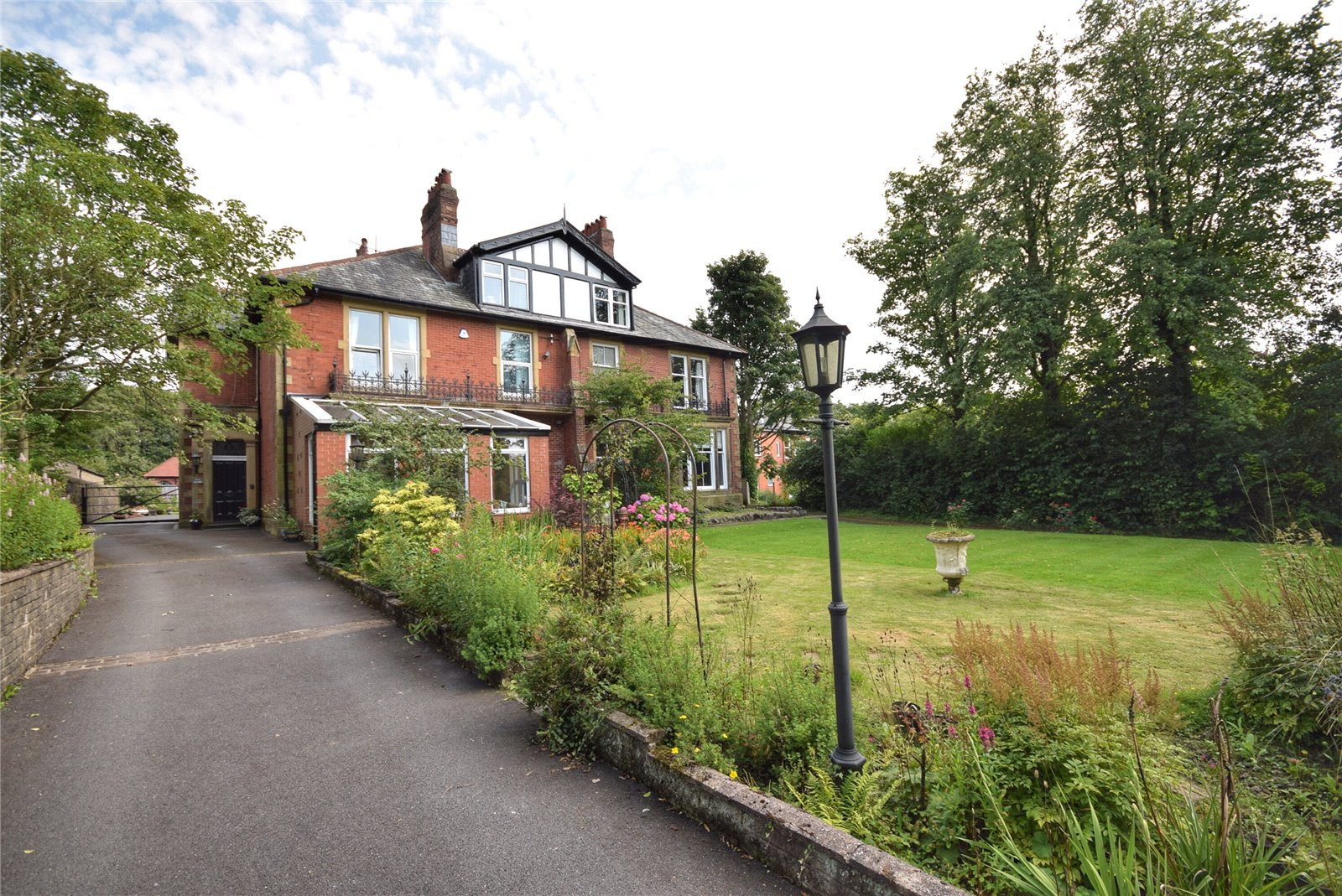 Whalley Road, Wilpshire, Blackburn, BB1 Image 1