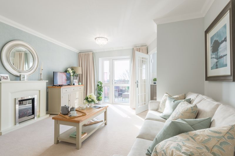 33 Lockyer Lodge, Sidford, Sidmouth Image 2