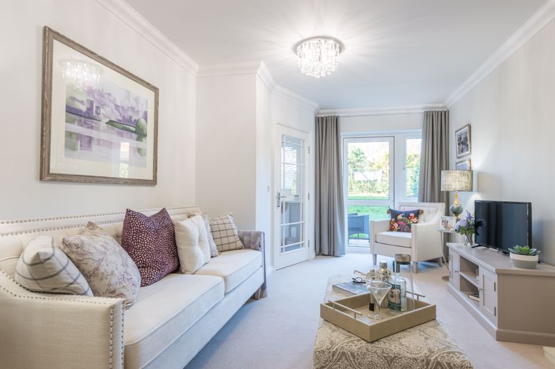 33 Lockyer Lodge, Sidford, Sidmouth Image 3