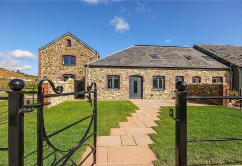 Rosehip, Hareston Farm Barns, Yealmpton, Plymouth, PL8