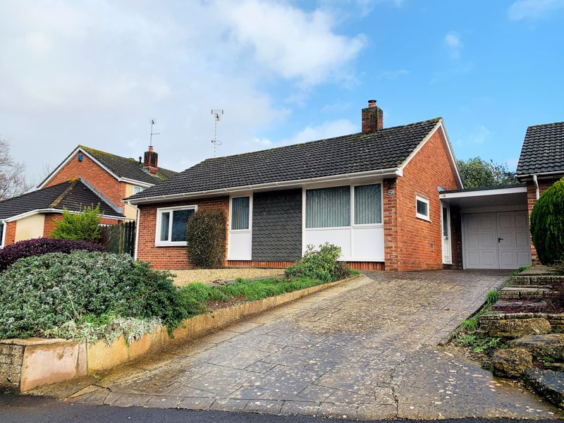 Superb detached bungalow with no onward chain in the Parkfield area of Taunton. Image 25