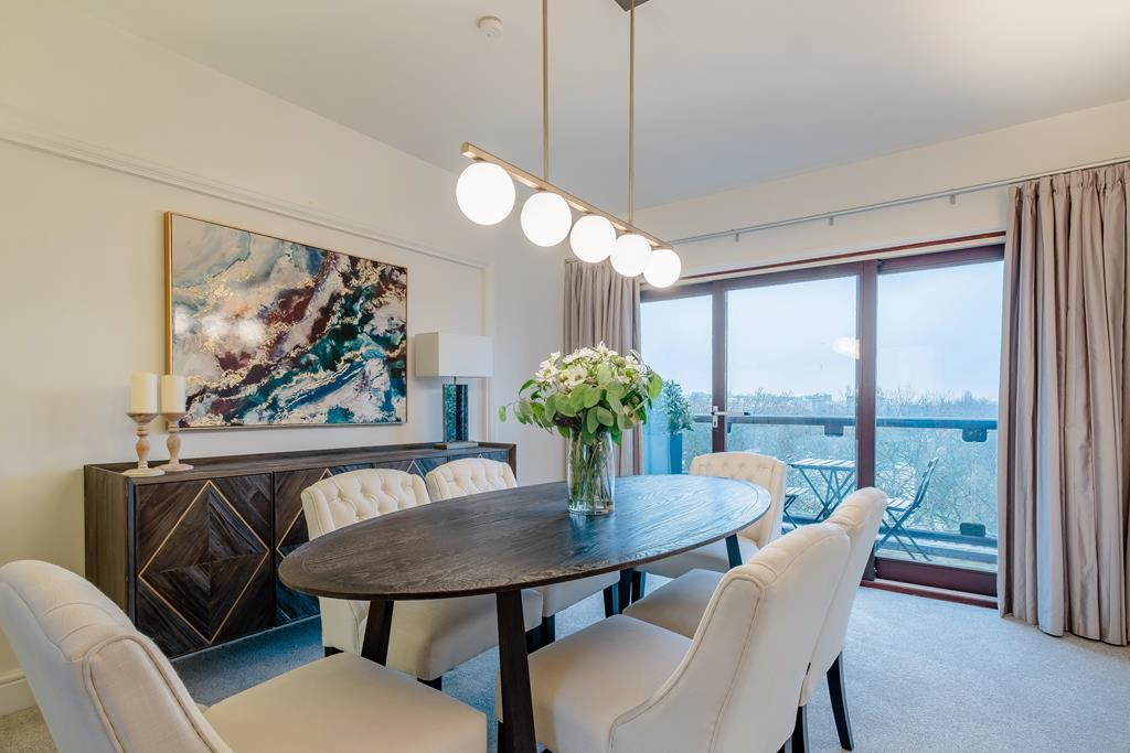 Four Bedroom | Four Bathroom | Penthouse | Strathmore Court | St John's Wood | NW8 Image 7