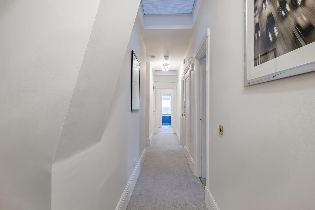 Four Bedroom | Four Bathroom | Penthouse | Strathmore Court | St John's Wood | NW8 Image 17