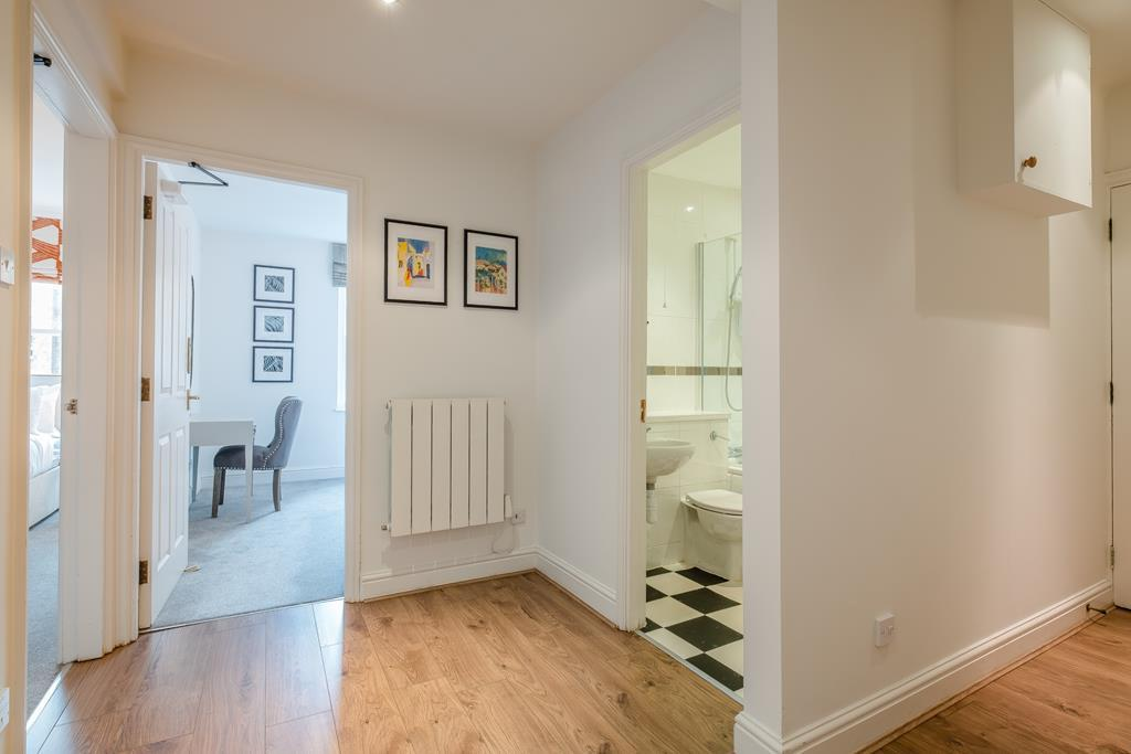 Two Bedroom | Nottingham Place | Marylebone | W1 Image 9