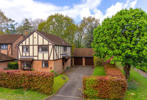 Magnolia Way, North Holmwood, Dorking, RH5