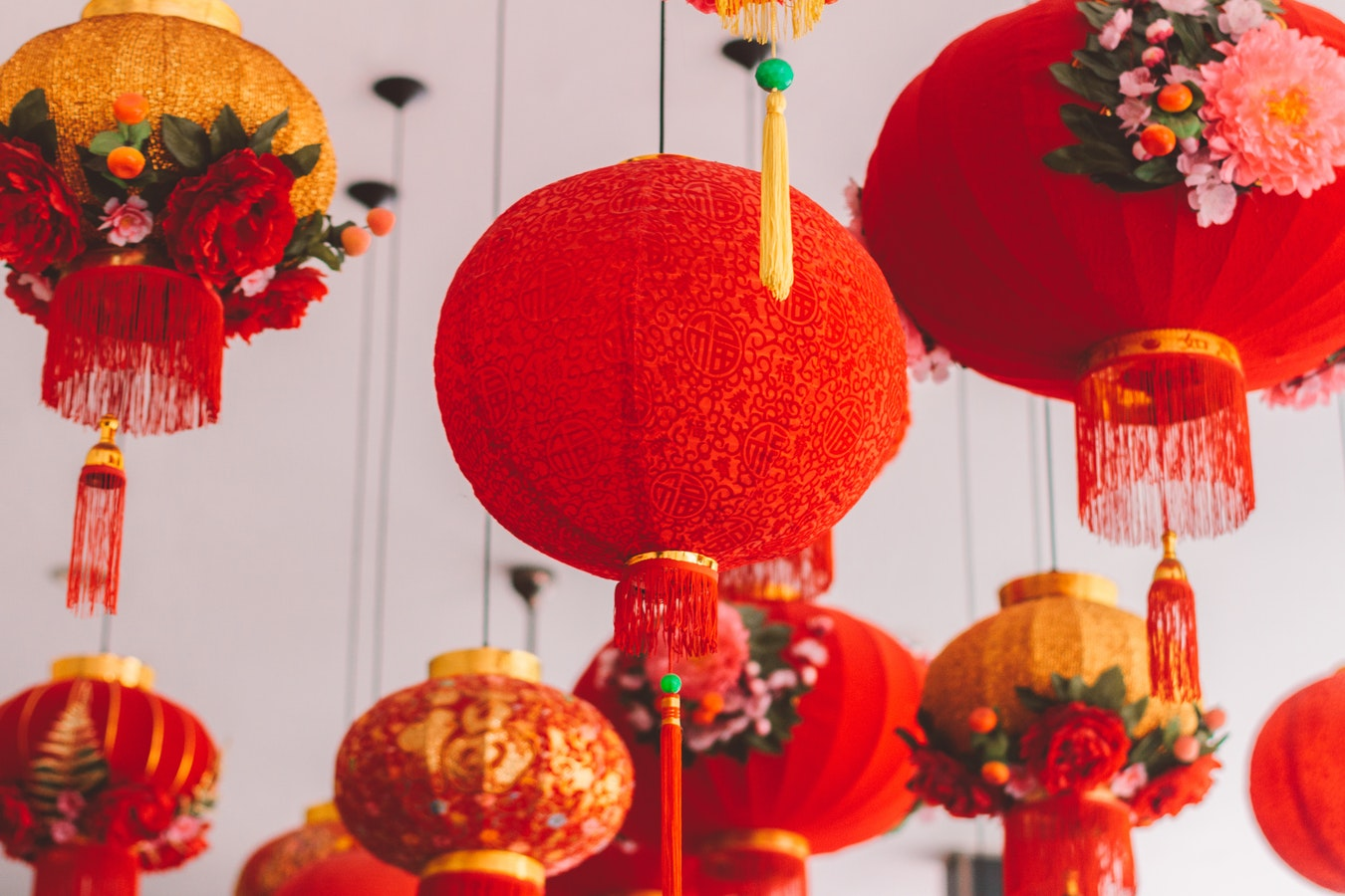 HOW TO DECORATE YOUR HOME FOR CHINESE NEW YEAR